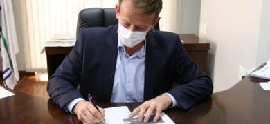 prefeito-de-garibaldi-solicita-vacinacao-imediata-dos-profissionais-da-educacao