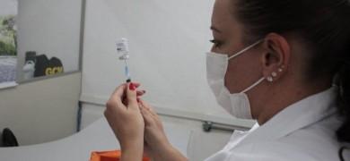 segunda-dose-das-pessoas-imunizadas-no-espaco-do-idoso-e-realizada-ate-sexta-em-bento