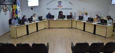 vereadores-de-garibaldi-aprovam-projeto-que-autoriza-municipio-a-adquirir-vacinas-para-a-covid-19