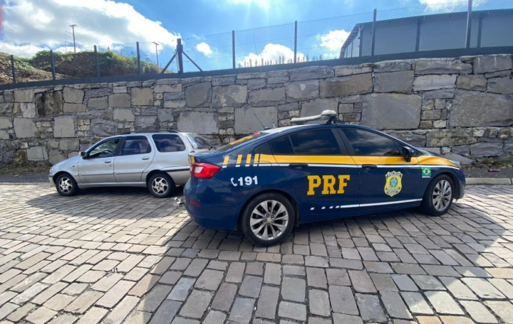 PRF prende foragido na BR-470, em Bento Gonçalves