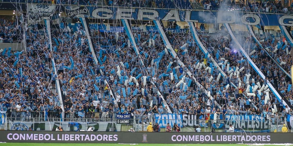 Torcida do Grêmio esgota ingressos para semifinal da Libertadores