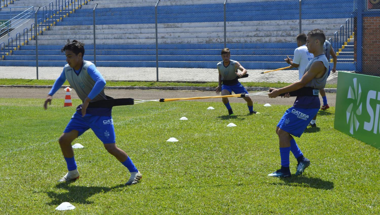 Após conversa com FGF, Esportivo decide pela suspensão dos treinamentos