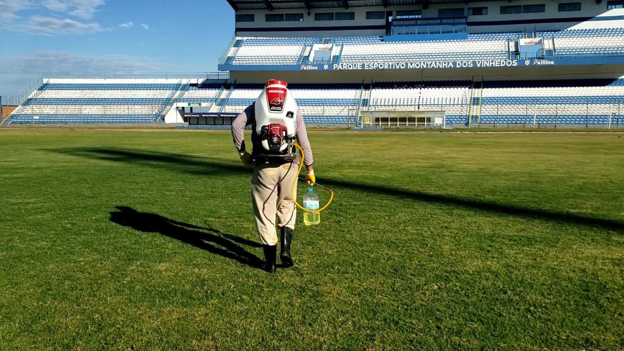 Clube Esportivo higieniza estádio Montanha dos Vinhedos